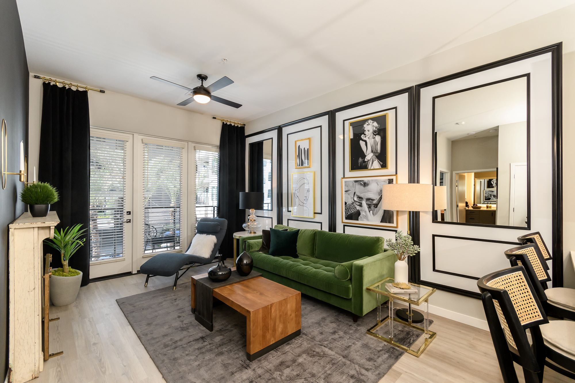 apartment living room with modern furnishing at Auric Symphony Park